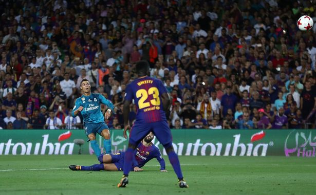 Cristiano Ronaldo sent off for Real Madrid in El Clasico and PUSHES ... d76875235
